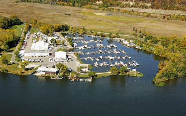 Starved Rock Marina - SOLD